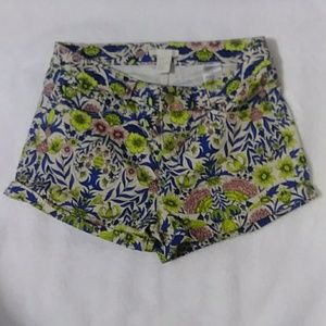 H&M Floral Print Shorts Cuffed Cotton 6 NWOT